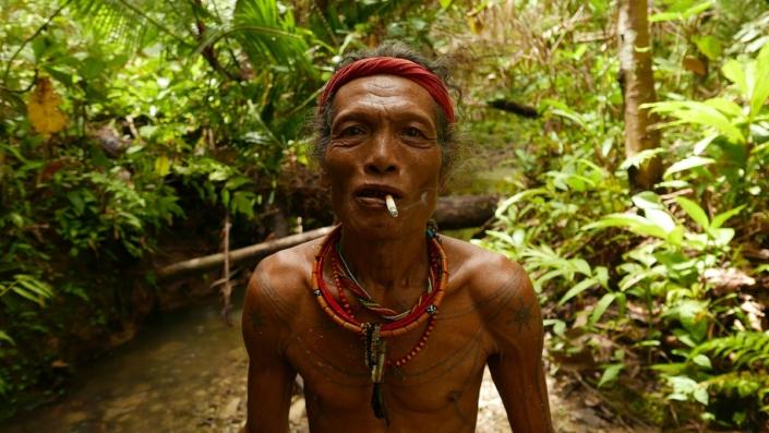 Découvrir Mentawai Avec Samba Lado